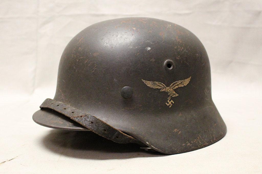 WW2 German M40 Luftwaffe helmet . HG1413 - Time Traveler